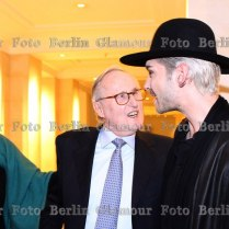 w/ Vivian May & Pr. Jochen Blume
